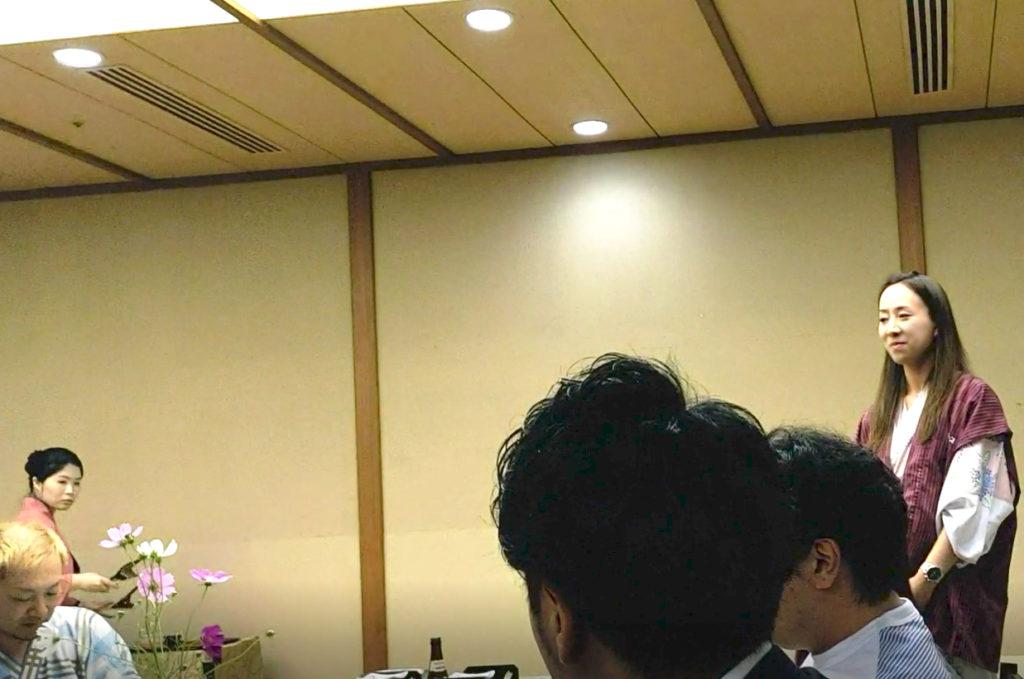 SAKURA、田中麻衣さん。ヘアメイク担当です。